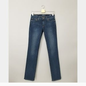 Lucky Brand Sweet Straight Dark Wash Jean's  4/27